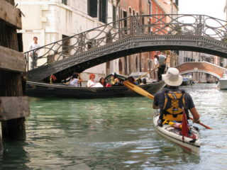 Paddling in Venice - René using one of Paolo's paddles