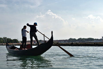 Learn how to row a real Venetian gondola